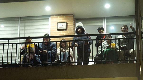 Kino vom Balkon: Not macht erfinderisch