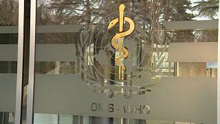 Covid-19 : des pays s'engagent avec l'OMS pour un accès universel aux vaccins et traitements