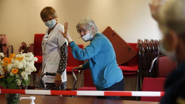Hóágyúval fertőtlenítenek Olaszországban