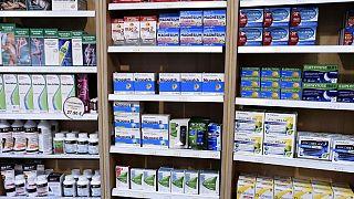 کرونا؛ فروش داروهای حاوی نیکوتین در فرانسه برای پیشگیری از تقاضای عمده محدود شد