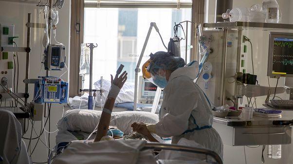 وباء كورونا: آخر المستجدات لحظة بلحظة