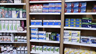 فرنسا تحد من بيع منتجات النيكوتين بسبب دراسة متعلقة بفيروس كورونا