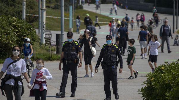 Malgré 331 décès supplémentaires, l'Espagne entrevoit le bout du tunnel
