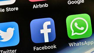غوغل وفيسبوك في صدارة المستفيدين من الحجر المنزلي في زمن كورونا