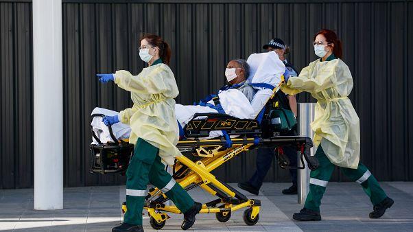 أستراليا تطلق تطبيقا للهواتف الذكية لرصد المخالطين بمصابي كوفيد -19