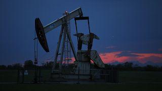 Oklahoma eylateindeki bir petrol kuyusu