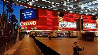 Las Vegas vazia e as roletas dos casinos deixaram de funcionar
