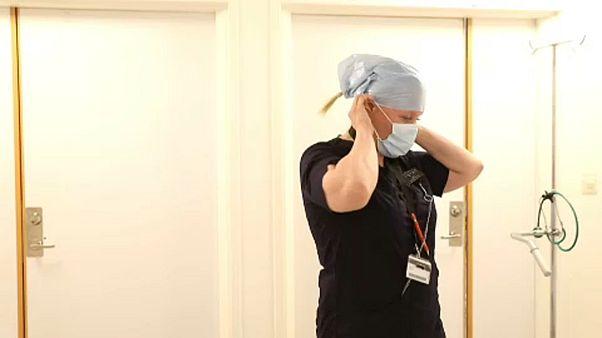 Enfermeira sueca denuncia falta de proteção dos idosos face à Covid-19