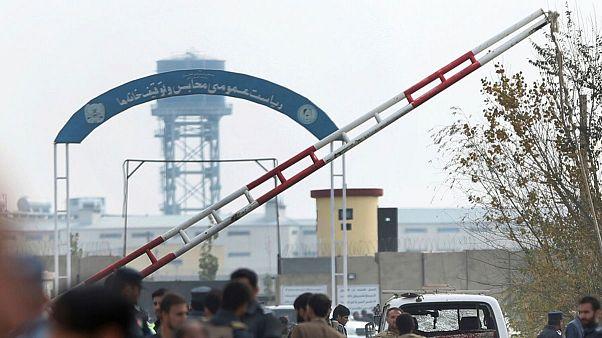 بیش از ۱۲هزار زندانی از بیم شیوع کرونا در افغانستان آزاد میشوند