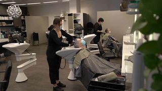In der Schweiz sind Friseure wieder geöffnet