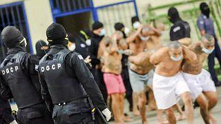El Salvador'da bir cezaevi