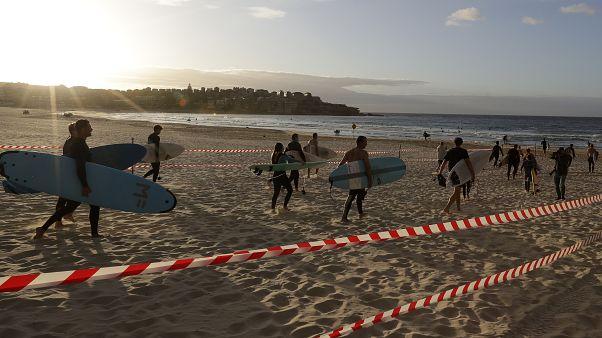 Virus Outbreak Australia Beach