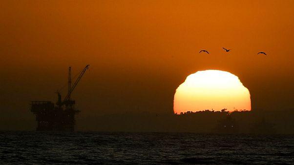 کاهش ۸۳ درصدی قیمت در ۴ ماه؛ نفت ایران ۱۰ دلار شد
