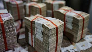 Hazine ve Maliye Bakanlığı, tahvil ihalesinde 3 milyar 383,1 milyon lira borçlanmaya gitti