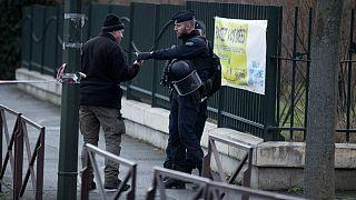 شناسایی عامل حمله به دو افسر پلیس فرانسه؛ «راننده مهاجم وابسته به گروه داعش است»