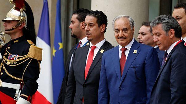 خلیفه حفتر خود را رهبر لیبی خواند وانتقاد حامیان را برانگیخت