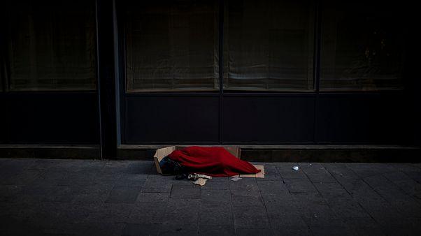 توقيف مشتبه بقتله ثلاثة مشردين في برشلونة