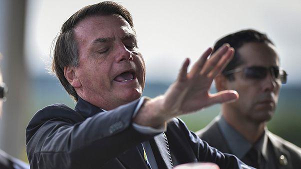 Jair Bolsonaro durante uma das suas declarações improvisadas aos jornalistas