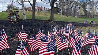تعداد قربانیان ویروس کرونا در آمریکا از شمار کشتهشدگان آن در جنگ ویتنام بیشتر شد