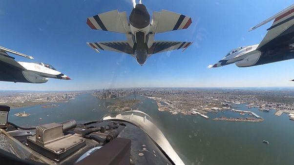 Пилотаж в небе Нью-Йорка и Филадельфии