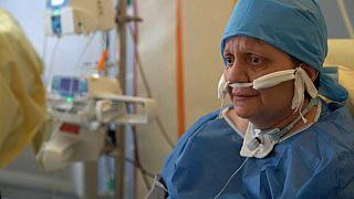 """Corinne, survivante au virus : """"on m'a fait revenir en fait"""""""