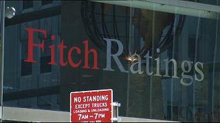 Il declassamento di Fitch non spaventa l'Italia e i mercati
