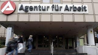 Desemprego dispara na Alemanha e Espanha