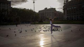 """في إسبانيا.. """"معرض المستقبل"""" بتقنية الواقع الافتراضي"""