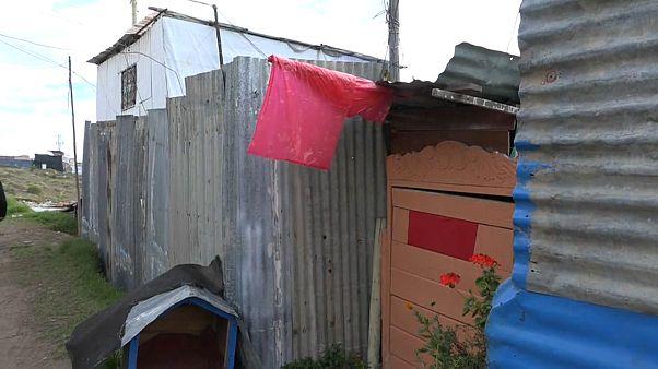 Banderas rojas en las favelas de Bogotá donde el COVID-19 provoca el hambre