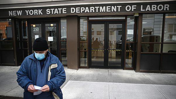 ABD: Covid-19 sürecinde işsiz kalanların yarısı maaşlarından daha fazla işsizlik yardımı alıyor
