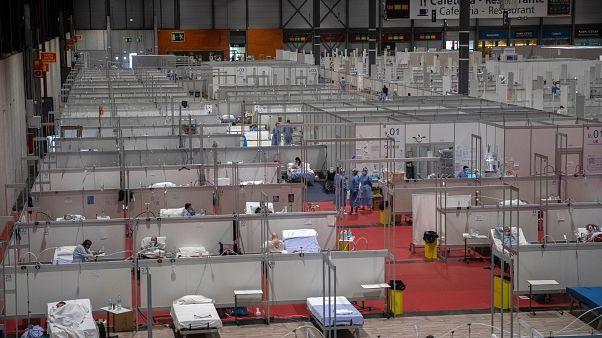 Koronavírus: bezárt a madridi expo-kórház