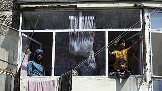 هشدارسیگار: شیوع کرونا احتمالا باعث  فاجعه در افغانستان می شود