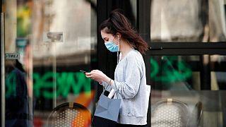 گشودن قفل صفحه نمایش آیفون برای کاربران ماسک زده تسهیل میشود