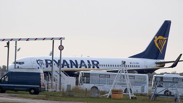 Les pilotes de Ryanair acceptent une baisse des salaires