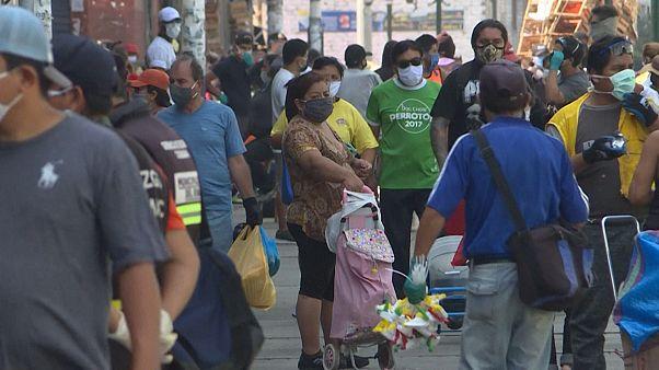 کرونا در پرو؛ شهروندان برای تامین مخارج زندگی مجبور به خروج از خانه هستند