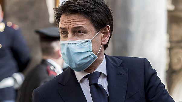 رئيس وزراء إيطاليا يقدم اعتذارات حكومته لتأخر دفع المساعدات وسط أزمة تفشي كوفيد-19