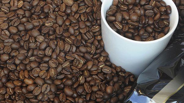 حبوب قهوة في مقهى ألماني
