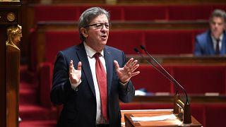 """Aşırı solcu """"Boyun Eğmeyen Fransa"""" partisi lideri Jean Luc Melenchon"""