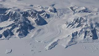 A klímaváltozás miatt rekord gyorsasággal fogy a jégtakaró a Földön