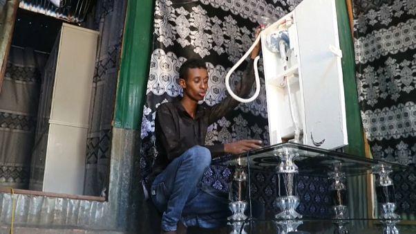 Házilag barkácsolt lélegeztetőgépet egy 21 éves szomáliai fiatal