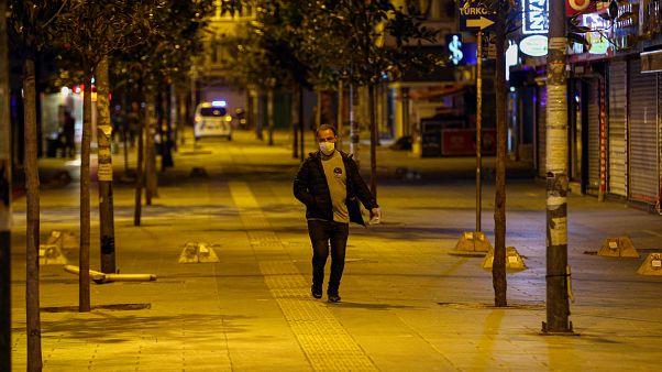 Google konum verilerine göre Türkiye'de sokağa çıkma yasaklarına ne kadar uyuluyor?