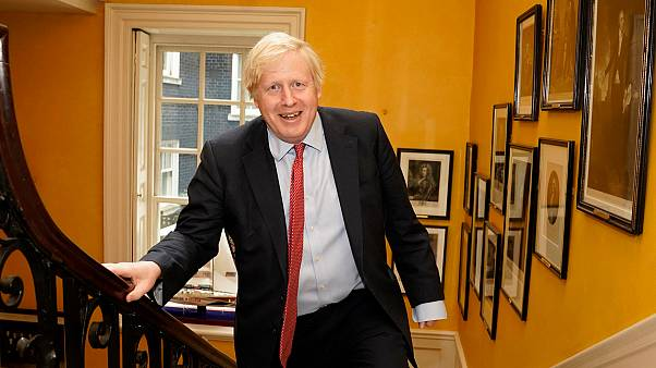 Az őt ápoló orvosokról nevezte el gyermekét Boris Johnson