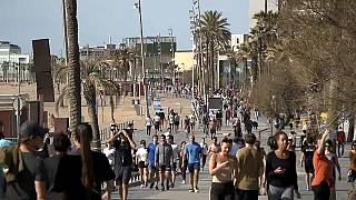 Spanyolország négy fázisban lazít