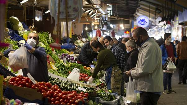 Türkiye'de enflasyon nisanda yüzde 0,85 artarken, yıllık bazda yüzde 10,94 oldu