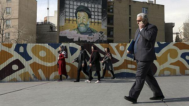 وزیر اقتصاد ایران: برای رشد باید هزار تریلیون تومان از منابع مردم را کسب کنیم