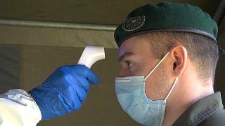 In campo le milizie dell'esercito austriaco che diventa antivirus