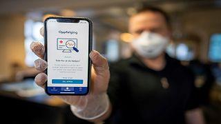 """""""تعقّب"""" مرضى كوفيد-19عبر تطبيقات صحية يثير جدلاً واسعاً في أوروبا: أين الخصوصية؟"""