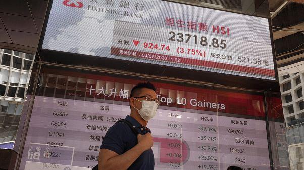 Economia de Hong Kong regista pior trimestre desde 1974
