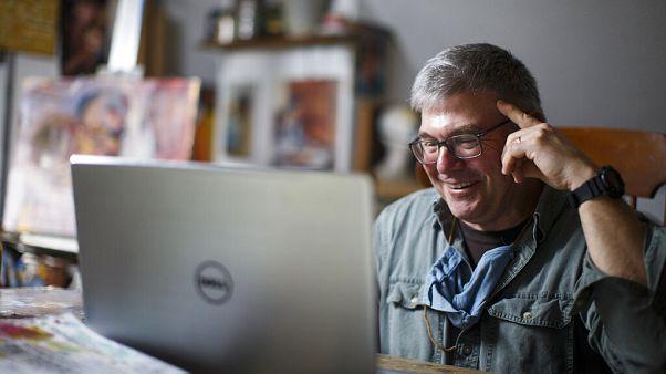 Reforçar competências digitais em tempos de confinamento