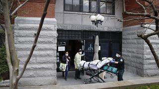 تاکنون بیش از ۴ هزار نفر در خانههای سالمندان نیویورک بر اثر کووید ۱۹ جان باختهاند